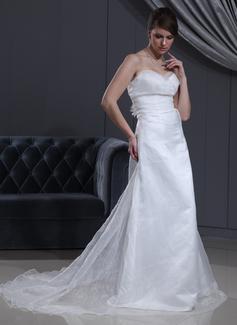 Corte imperial Escote corazón La capilla de tren Organdí Satén Vestido de novia con Volantes Flores