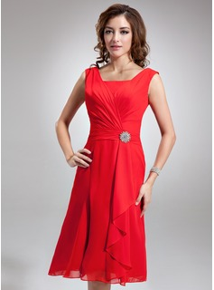 A-Line/Princess Square Neckline Knee-Length Chiffon Bridesmaid Dress With Crystal Brooch Cascading Ruffles