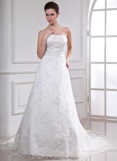 A-linjeformat Hjärtformad Chapel släp Spetsar Bröllopsklänning med Pärlbrodering