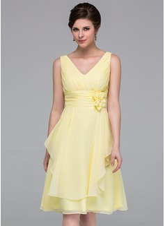 A-Line/Princess V-neck Knee-Length Chiffon Bridesmaid Dress With Flower(s) Cascading Ruffles