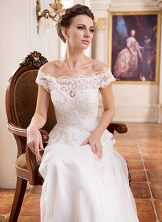 Corte A/Princesa Hombros caídos Barrer/Cepillo tren Tul Charmeuse Encaje Vestido de novia con Volantes Bordado Lentejuelas