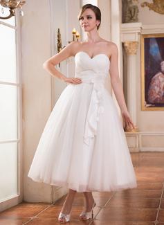 Corte A/Princesa Escote corazón Hasta la tibia Tul Charmeuse Vestido de novia con Volantes Flores