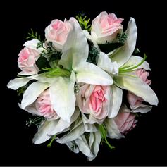 Delicate Round Satin Bridesmaid Bouquets